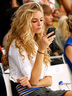 Blackberry dan wanita.jpg