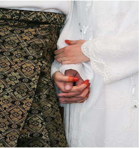 ... tips melakukan hubungan seks bagi suami istri selama bulan Ramadan
