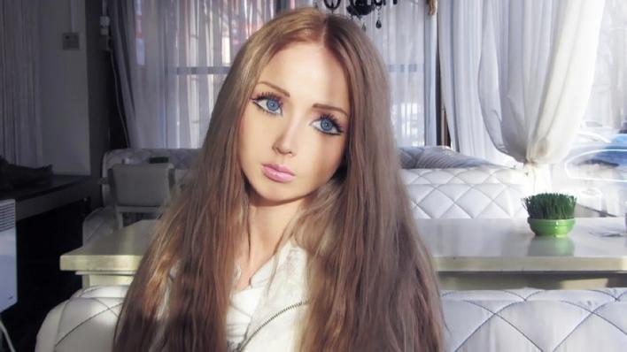 Valeria Lukyanova Mirip Boneka Barbie