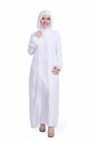 abaya syahrini putih